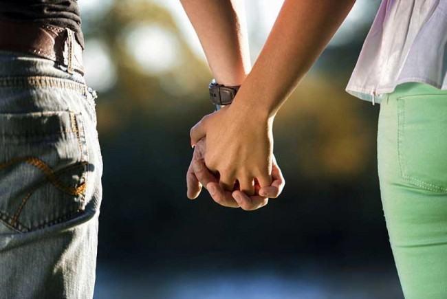 ce poate provoca distanța dintre doi oameni?